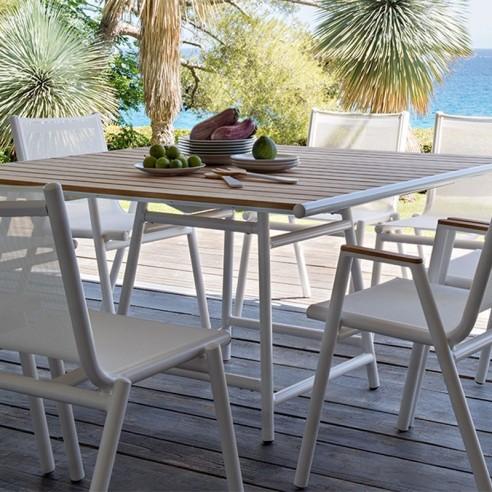 Table repas en teck Pilotis - Vlaemynck