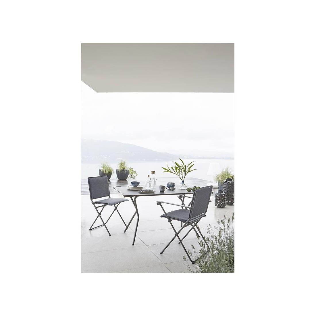 Chaise pliante ANYTIME de Lafuma, ambiance cocooning et bien-être ...