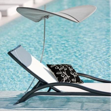 Bain de soleil avec accoudoirs Première  - EGO  - Confort Jardin - Issambres