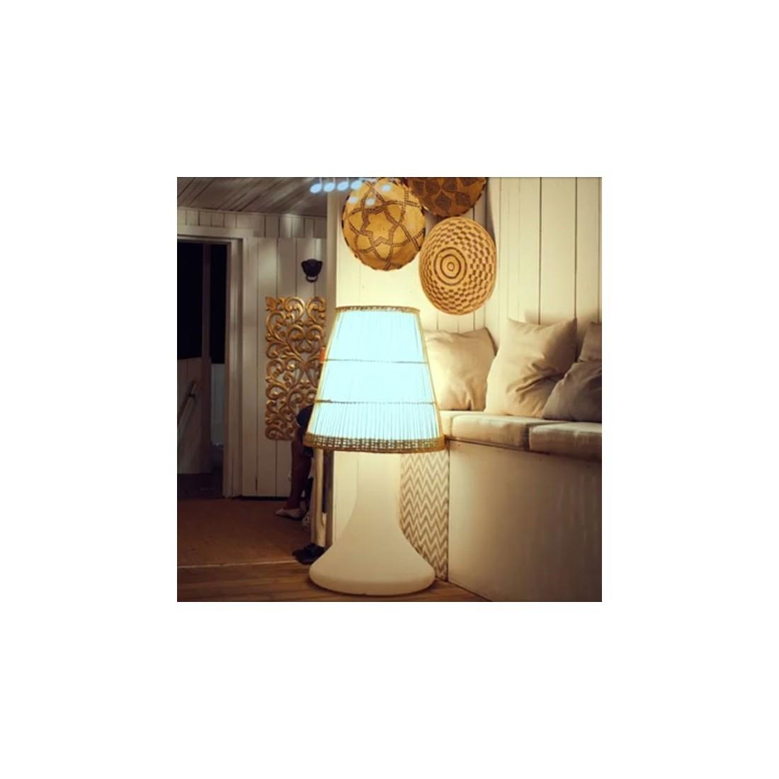 lampe sans fil avec enceinte bluetooth handy large. Black Bedroom Furniture Sets. Home Design Ideas